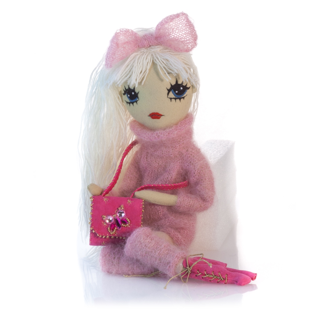 Dollcloud-cute_handmade-Doll-Josephine-in-pink-handknitted-sweater