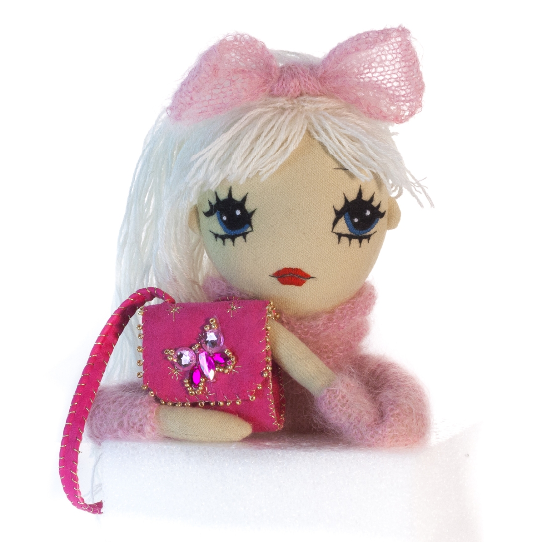 Dollcloud-handmade-art-Doll-Josephine-with-fuchsia-pink-leather-shoulderbag