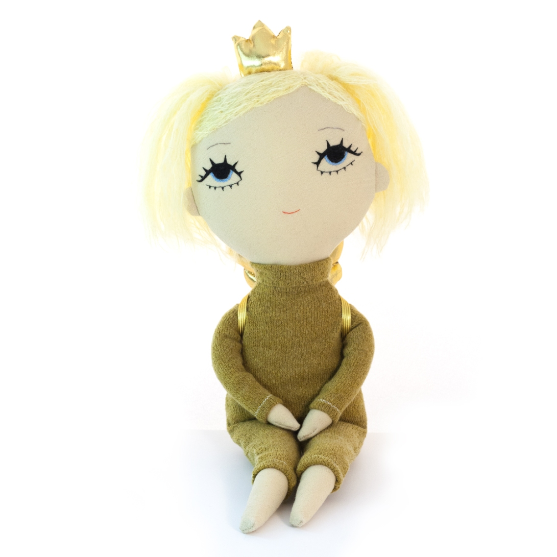 Dollcloud earth princess soft embroidered doll