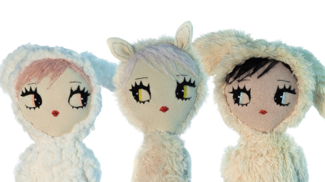 Sheep-and-two-bunnies-Dollcloud-doll-portrait