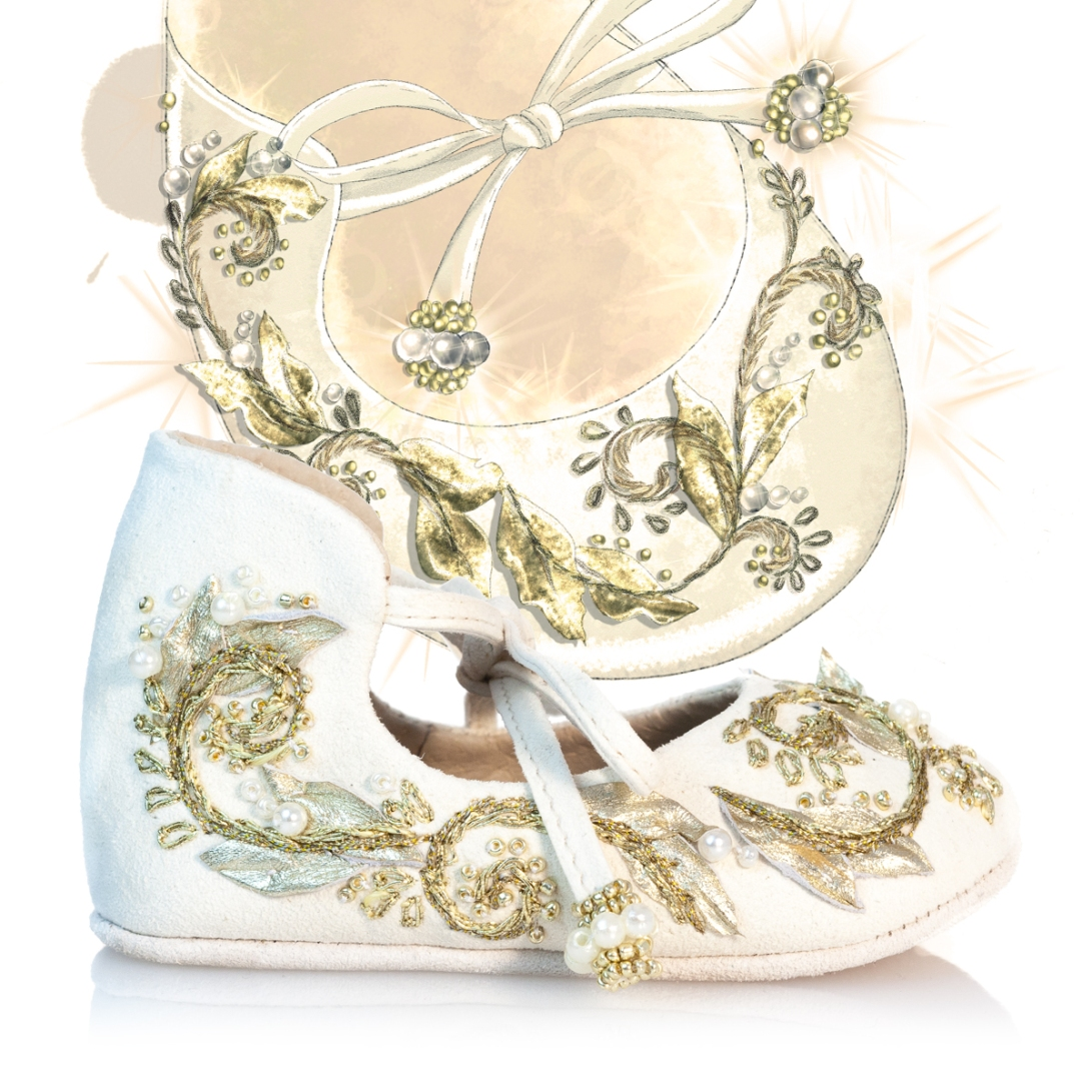 VIBYS handmade white leather baby shoes with gold embroidery IMG_1391